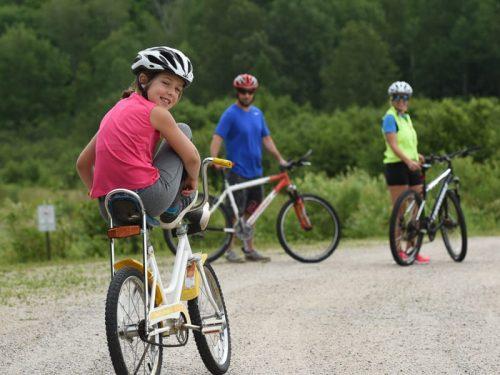 Pipke Park Family Biking.