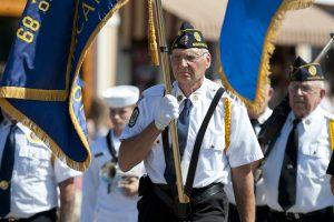 Parade, Vet 6874