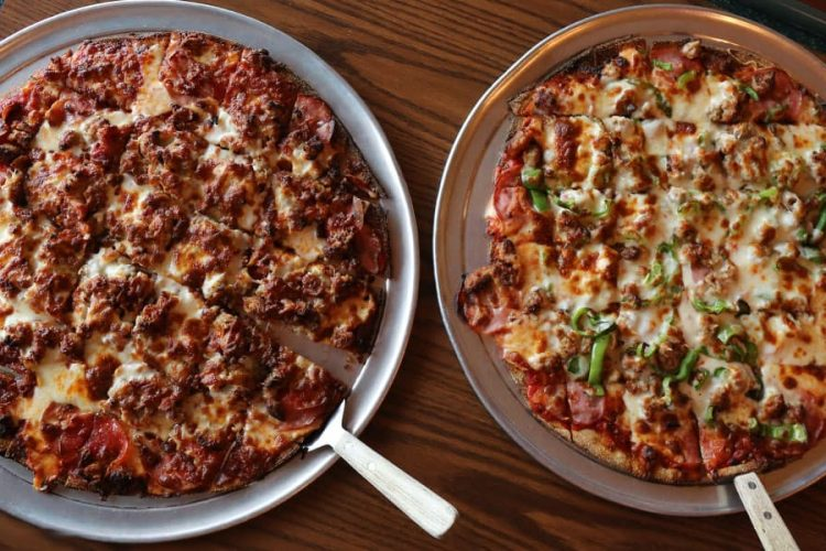 Pizza at 19th Hole Sports Bar and Grill in St. Germain Wisconsin