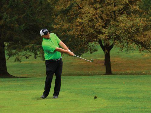 Golfing in Plum Lake